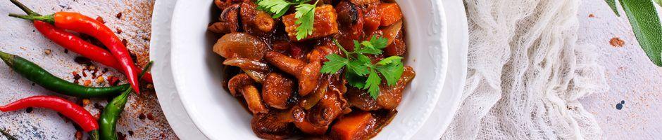 carote e funghi in salsa di soia