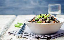 riso-venere-con-trota-e-zucchine