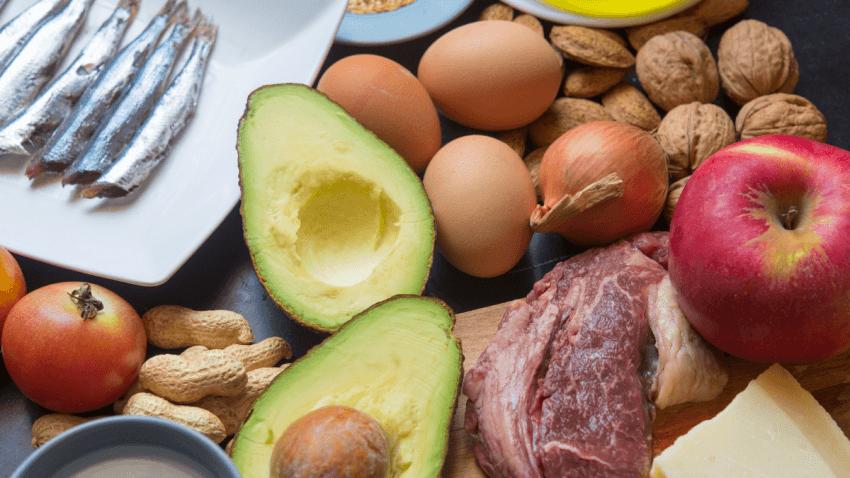 Che cosa si mangia con la dieta chetogenica?